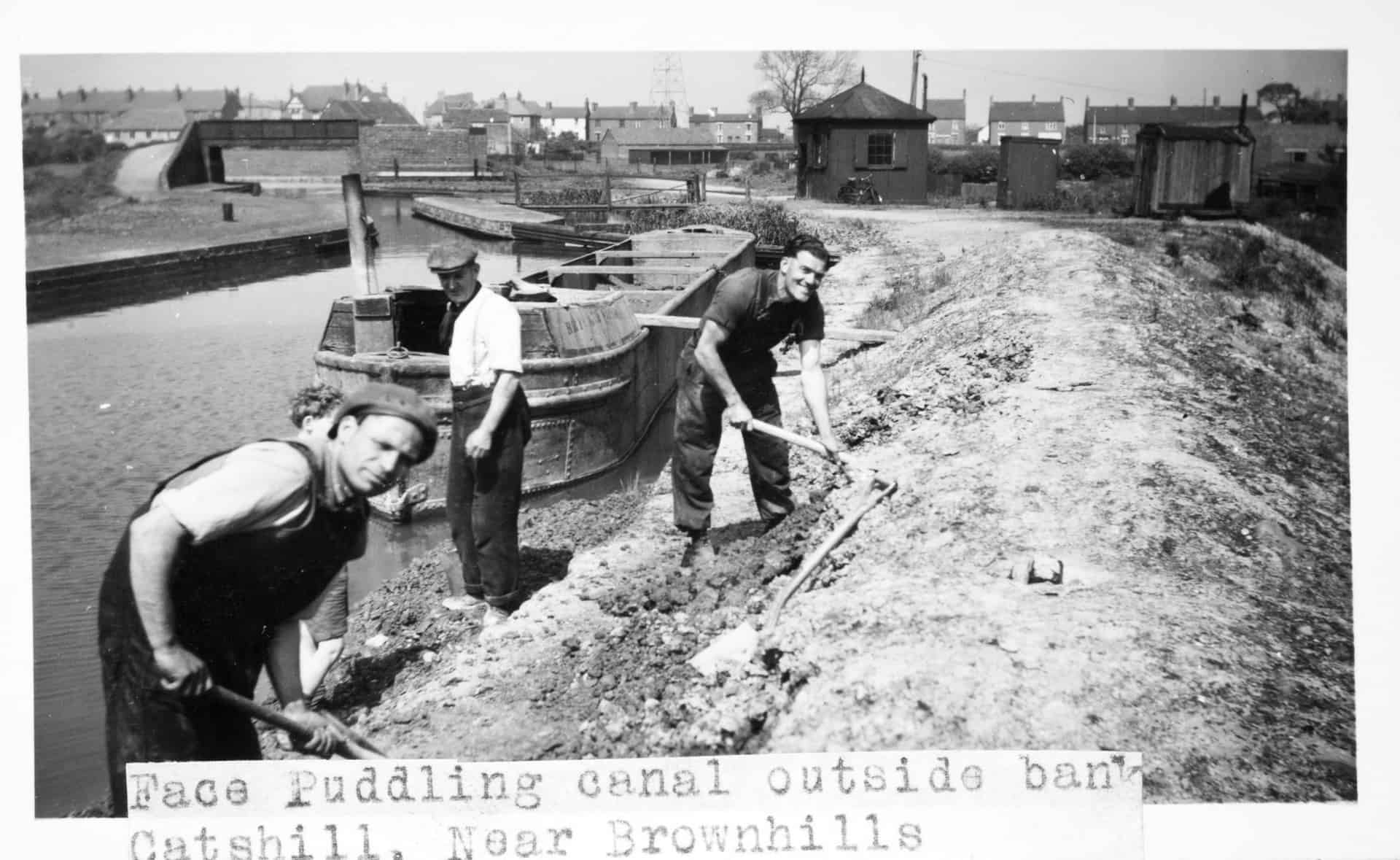 Face Puddling canal outside bank, Catshill, Near Brownhills c 1950s