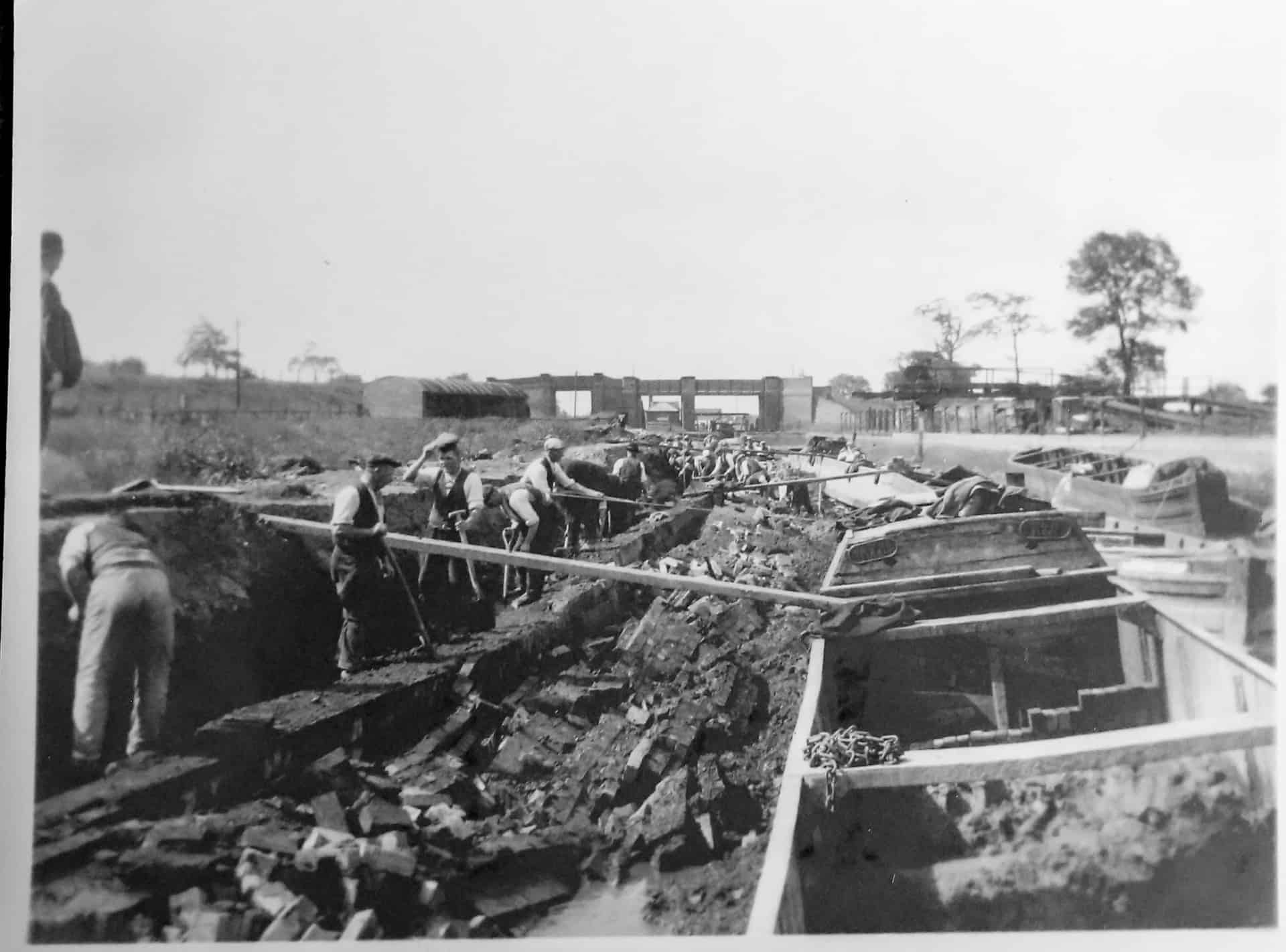 Canal repairs, unknown location, c 1950s
