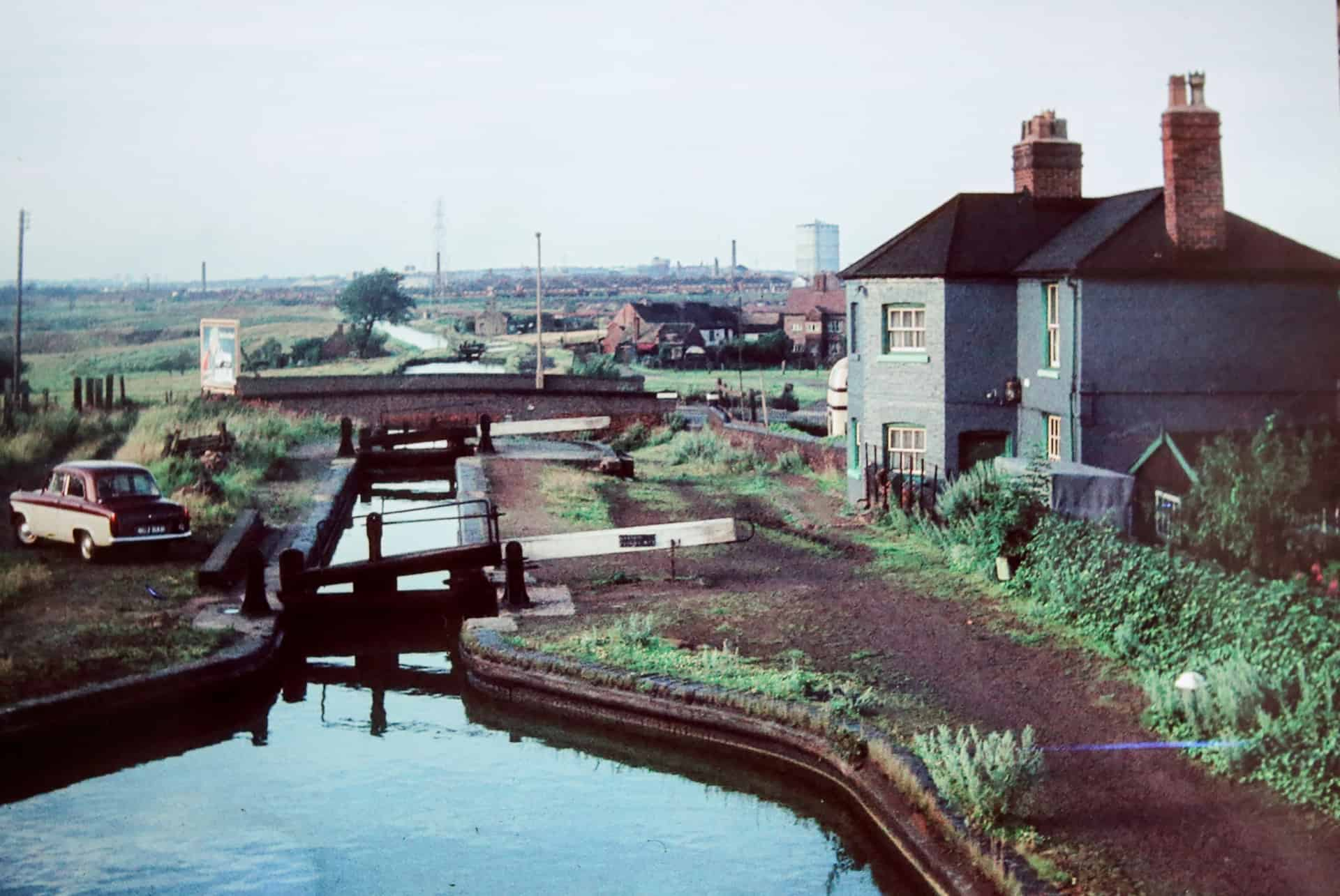 Brades Hall Locks and Lock Keepers House, c early 1960s
