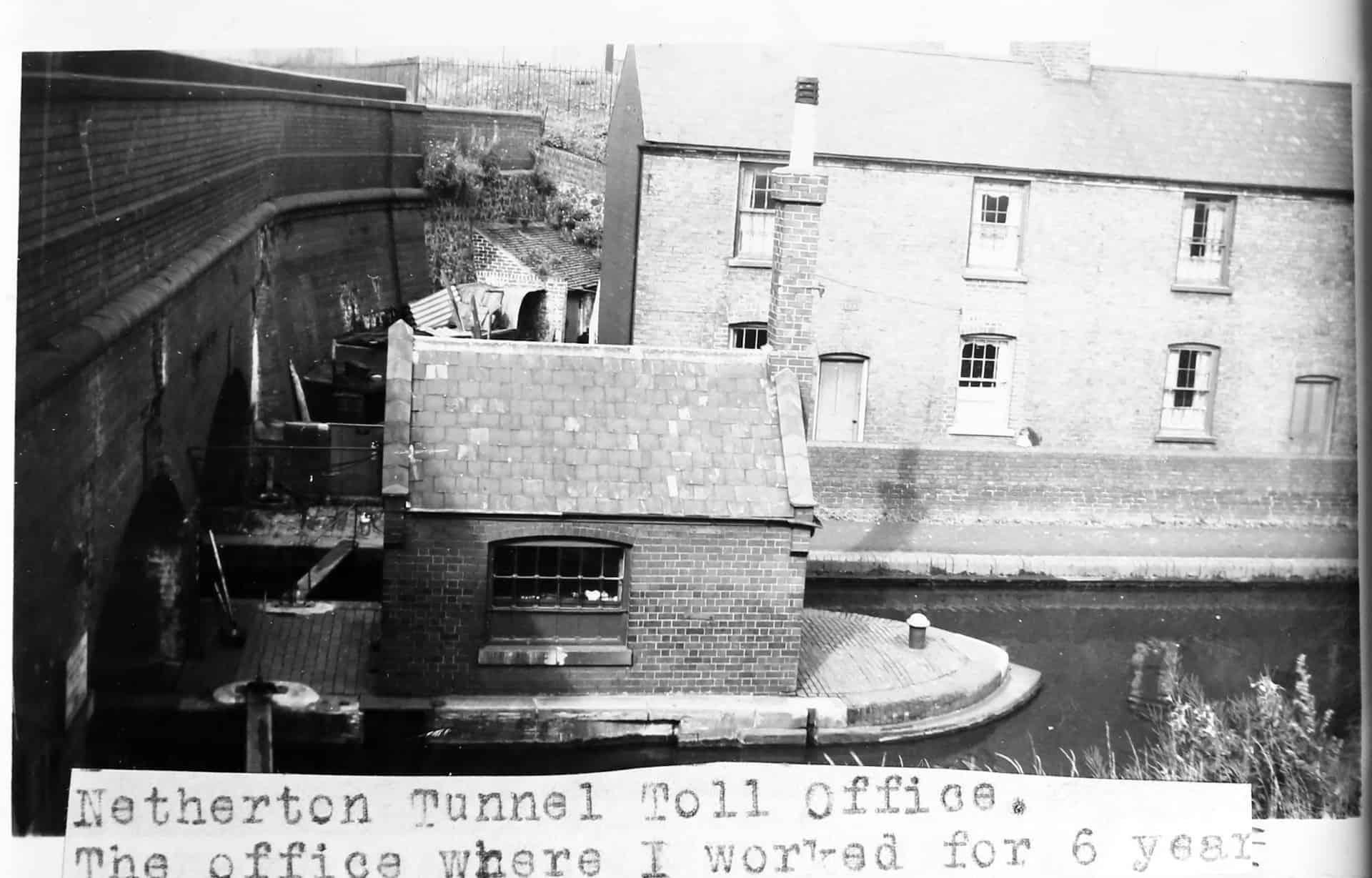 Will's Toll Office, Netherton Tunnel 1955
