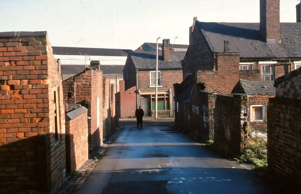 Bath Row in Rounds Green, Oldbury prior to imminent demolition. 2nd Jan 1978