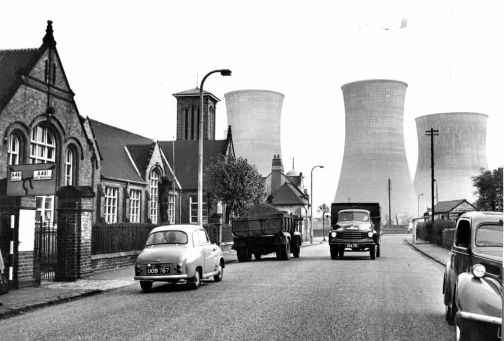 Ocker Hill Power Station seen from Gospel Oak Road, Tipton, 1957. Photograph: Birmingham Post
