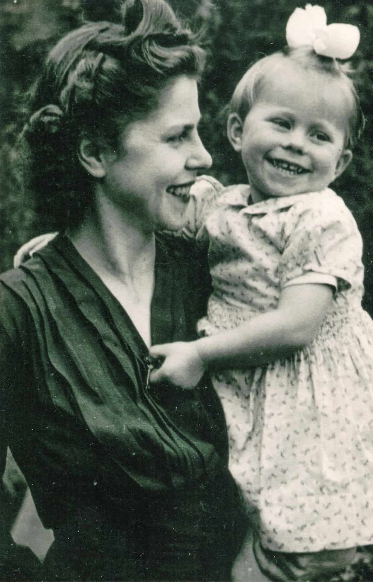 Jackie's sister with her mum, late 1940s