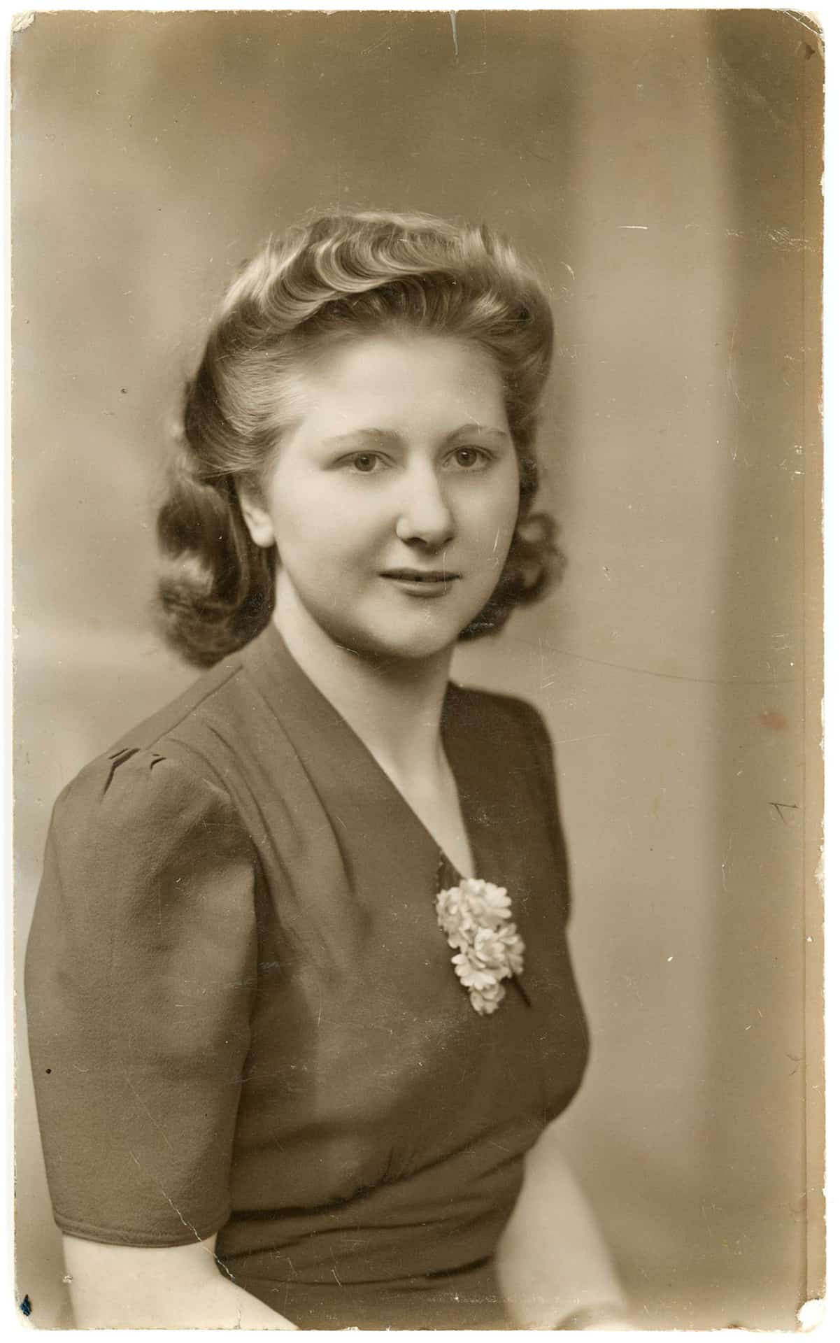 Studio photo of Mom when she was in her 20s