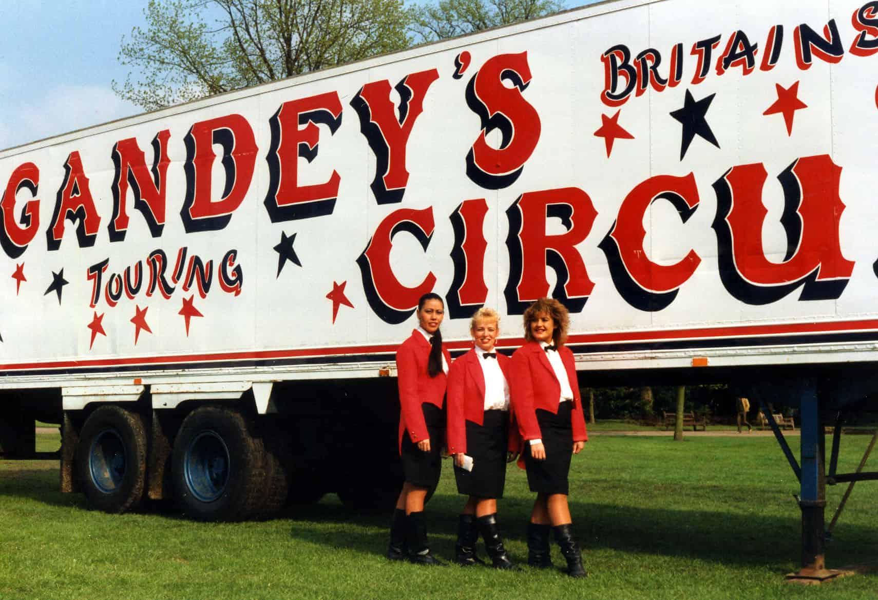 10. Gandey's girls in Wton