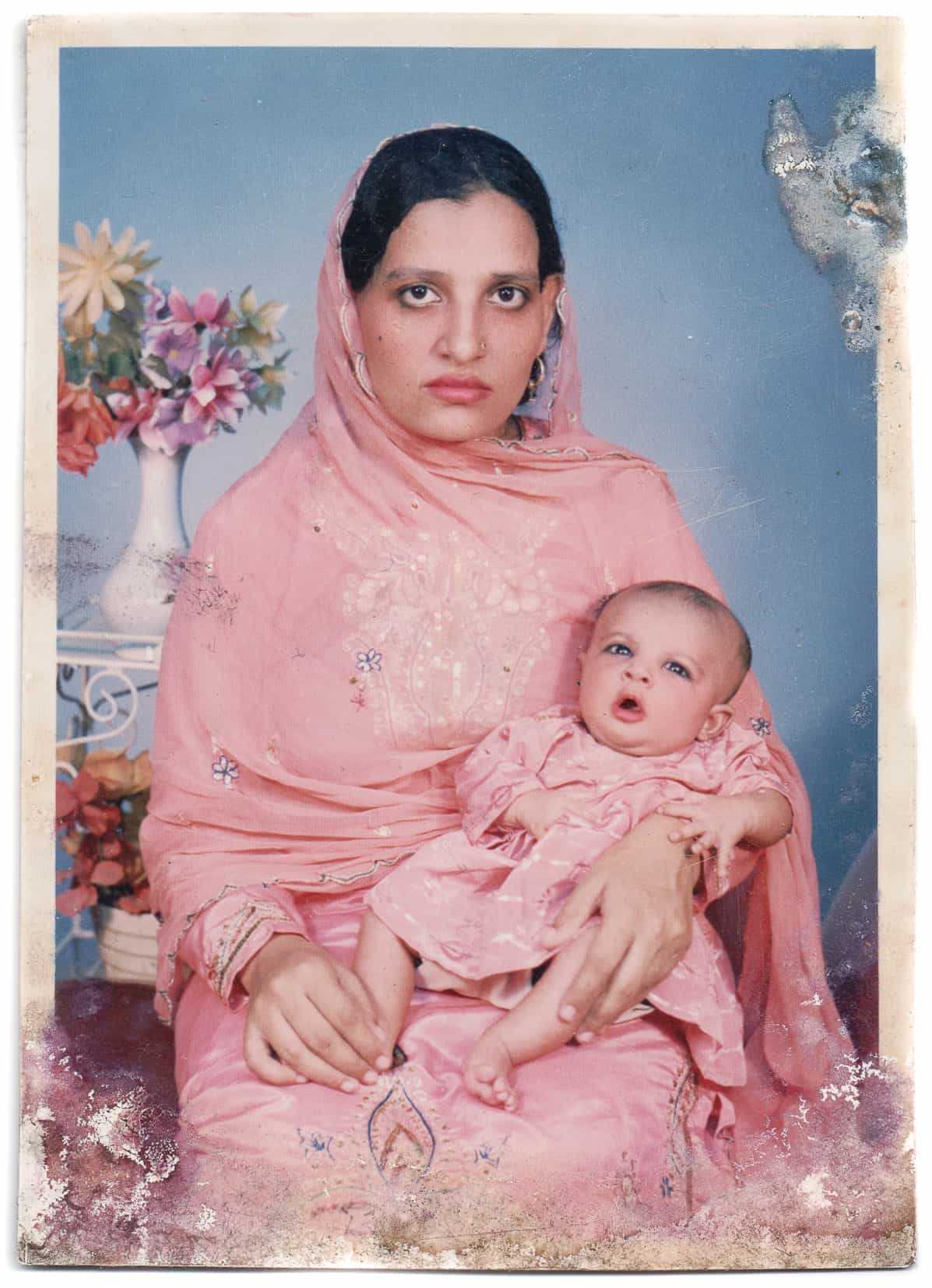 Studio photograph of Nasra Parveen and her daughter, Pakistan, 1970s