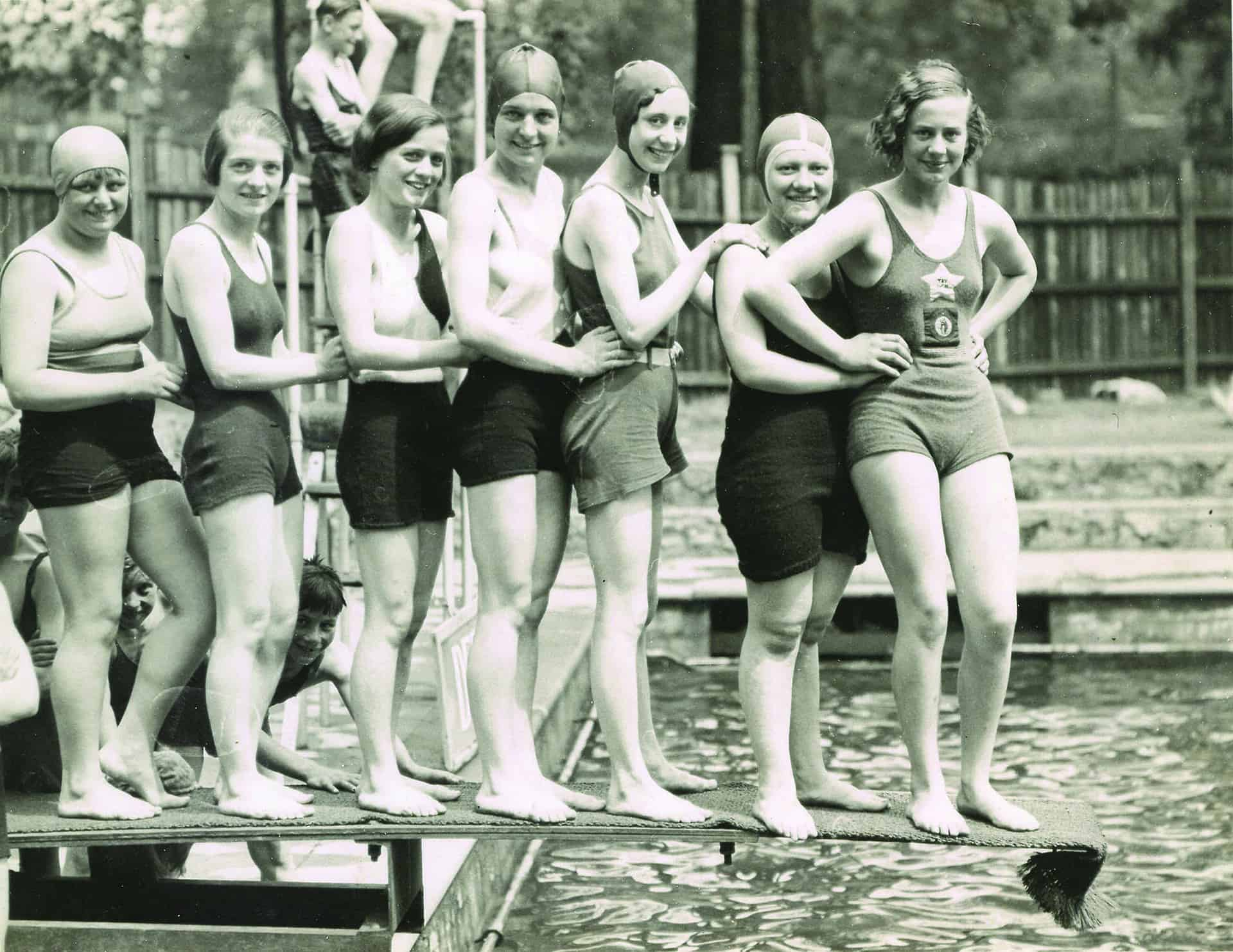 Swimmers at Reedswood Park open air pool, Walsall, early 20th century.  Photo used courtesy of Walsall Archives