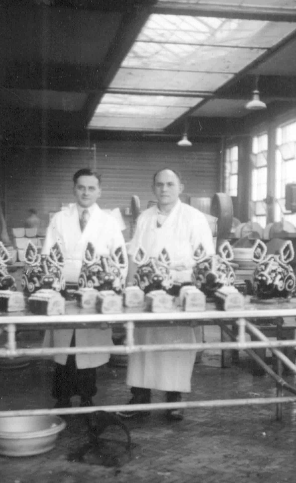 Preparing pigs heads for the coronation of Queen Elizabeth, Brierley Hill, 1953.