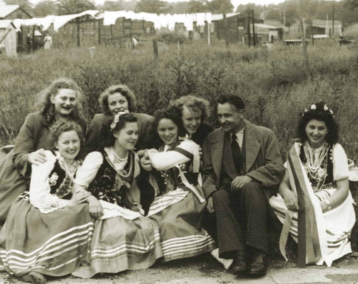 Wrottesley Park, early 1950s; Mira Kisiel last person on right